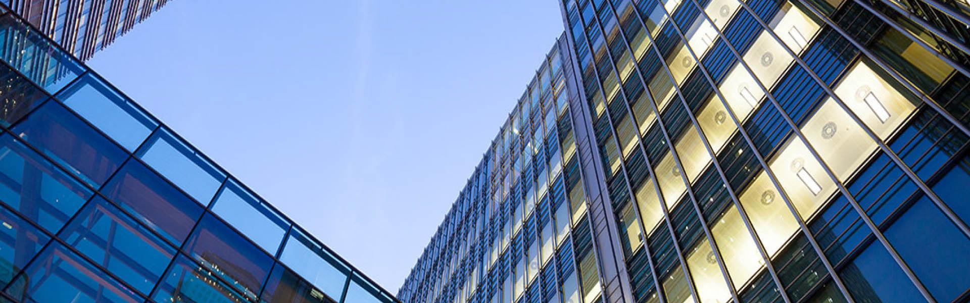 Spécialiste de l'électricité du bâtiment, GOUNOT vous propose de l'installation et de la location de matériel depuis plus de 40 ans d'expérience.